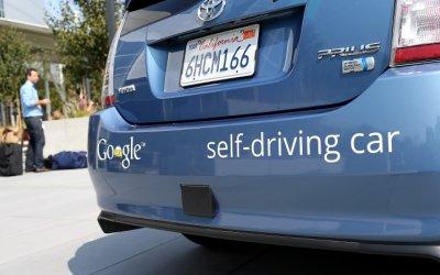 Google podrá rodar autos sin conductor