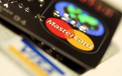 Crean tarjeta MasterCard recargable