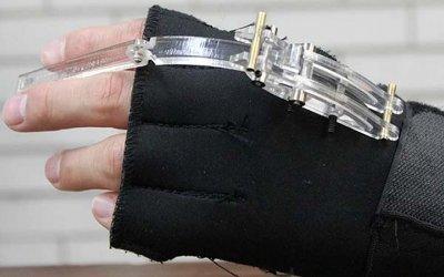 UNAM crea ortoprótesis para mano