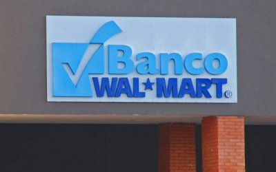 Slim acuerda adquirir Banco Walmart
