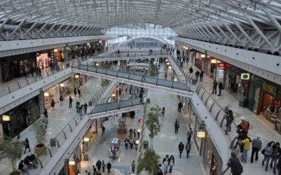 Van por 200 centros comerciales en México