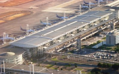 Abertis vende participación en aeropuertos a GAP