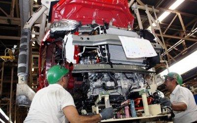 México mantiene superávit en balanza comercial con Brasil