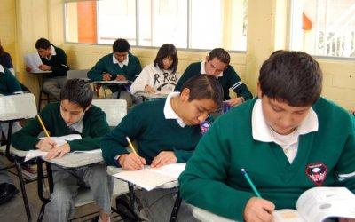 De la OCDE, México es el país que menos invierte en estudiantes