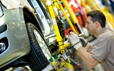 Emiten recomendaciones al sector de autopartes