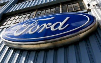 Ford llamará 285,000 vehículos a revisión