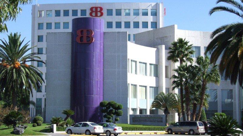 Acciones de mexicano Banco del Bajío suben tras debut en bolsa