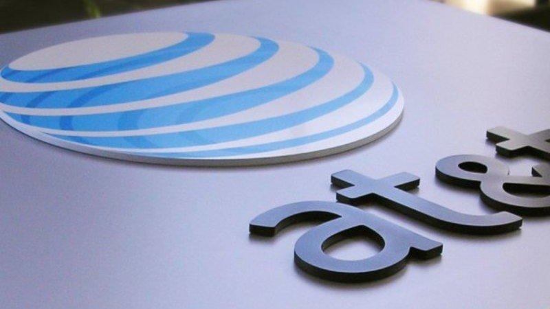 AT&T estudia vender su televisión de pago en América Latina