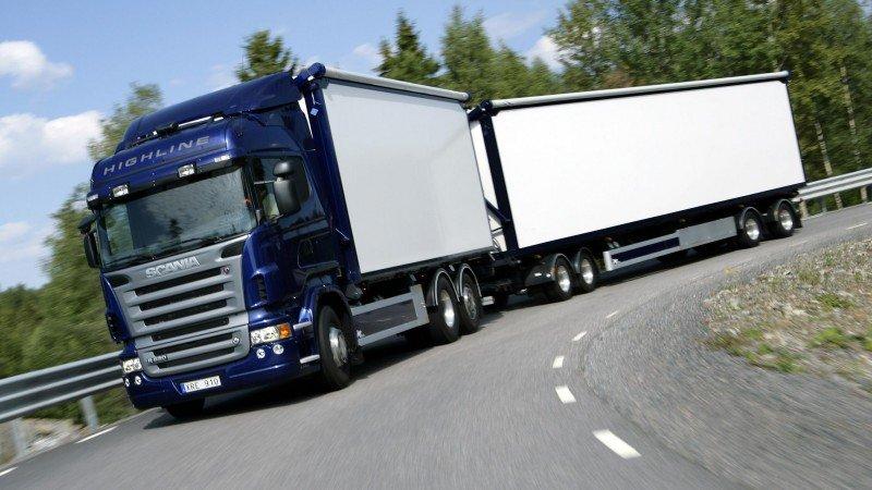 Autobuses, trailers y camiones de carga tendrán nueva regulación