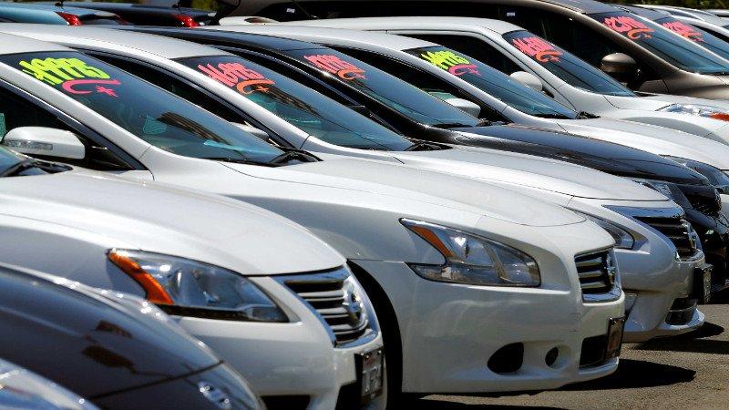 Prorrogan hasta 2019 decreto para importar autos usados