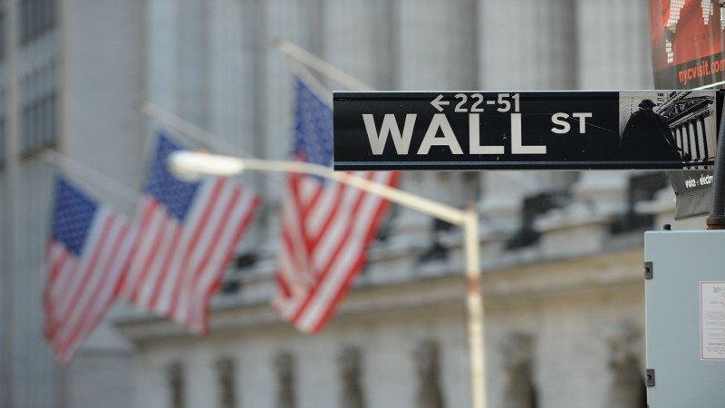 Wall Street cierra al alza y Dow Jones logra otro récord