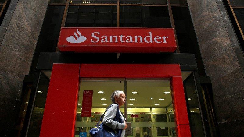 Santander gana 3.752 millones hasta junio y bate previsiones