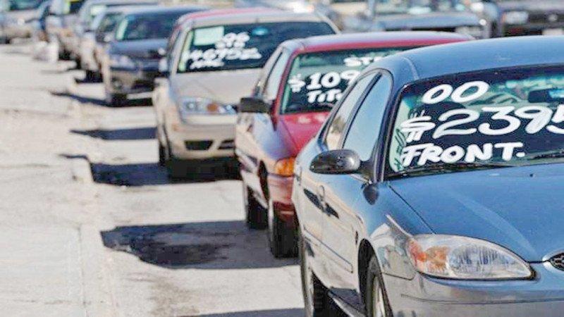 Venta de vehículos en México cae 4,6 por ciento en 2017