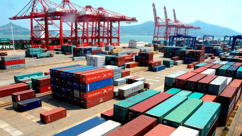 Crecieron exportaciones 7.9% en diciembre: Inegi