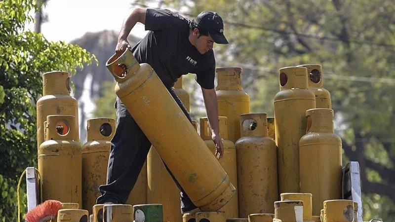 Investigan posibles prácticas monopólicas en mercado de gas LP