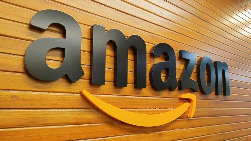 Amazon presenta Scout, un robot autónomo para entregar paquetes